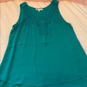 DR2 turquoise tank top